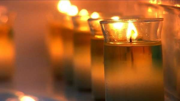Aromatherapy candles burning at health & beauty spa Royalty-free stock video