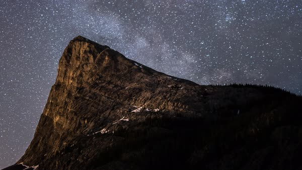 Ha Ling Peak falling behind the stars Royalty-free stock video