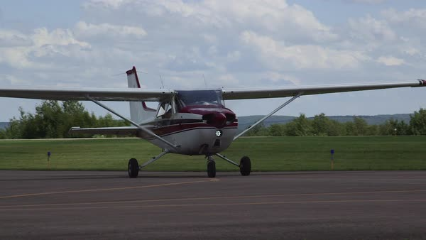 Red Cessna 172 Skyhawk II Airplane Takeoff Arriving at Airport Royalty-free stock video