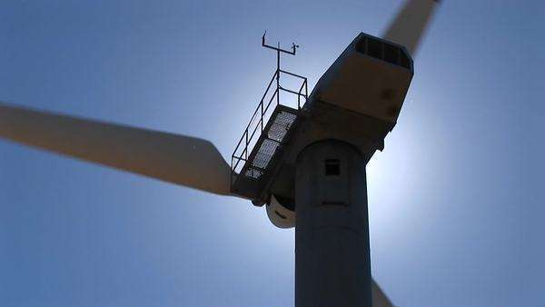 Close-up of the rotor and nacelle of a wind turbine at Tehachapi, California. Royalty-free stock video