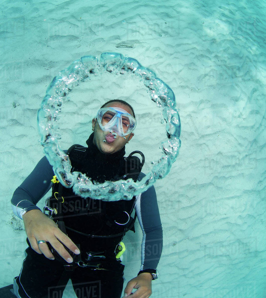 kalimantan rings diver blowing underwater scuba stock island bubble photo at maratua