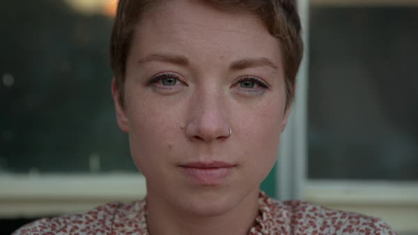 Handheld portrait of woman wearing nose ring Royalty-free stock video