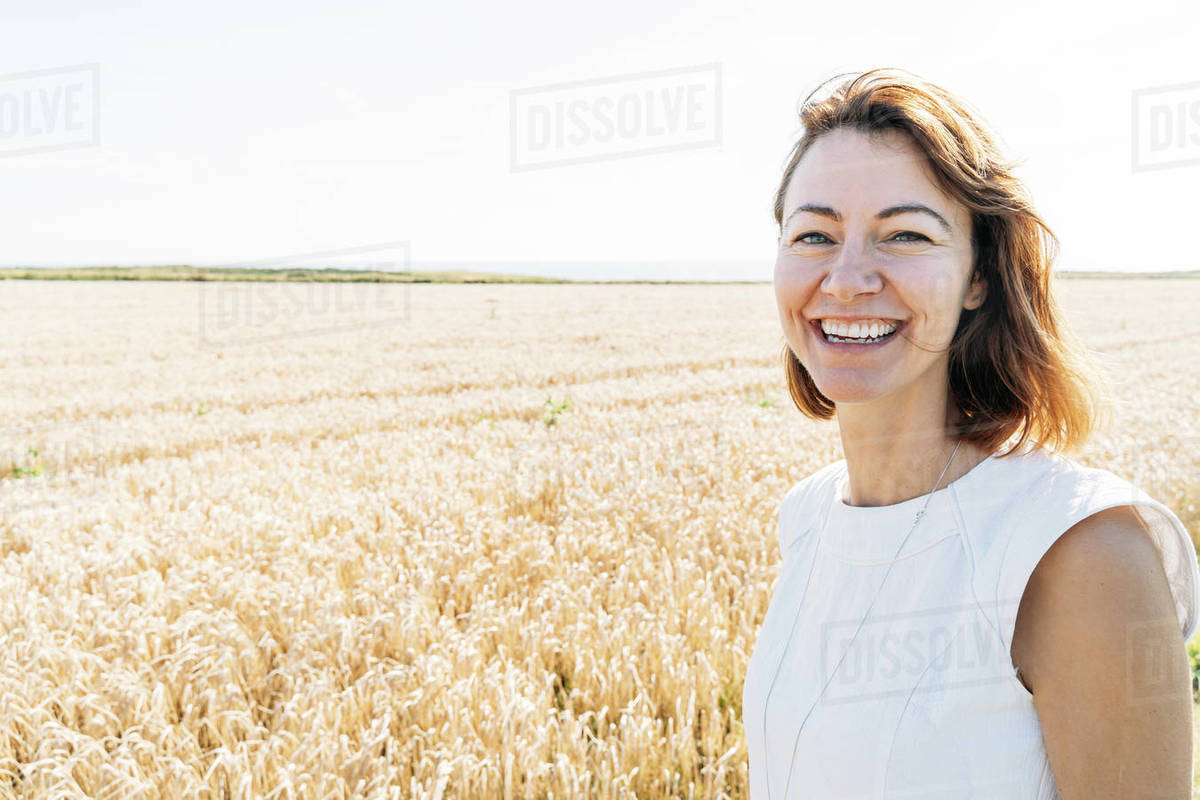 Summer concept, caucasian middle-aged woman in the countryside Royalty-free stock photo