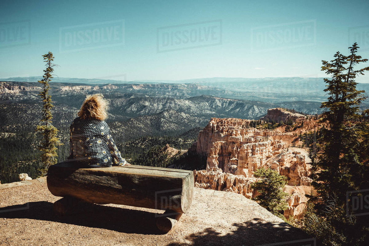 Woman observe Bryce Canyon arch from paria view Royalty-free stock photo