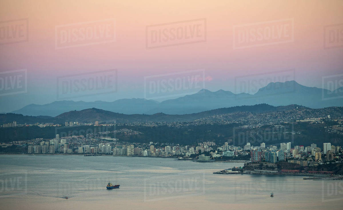 Sunset over the bay and town of Valparaiso in Chile Royalty-free stock photo