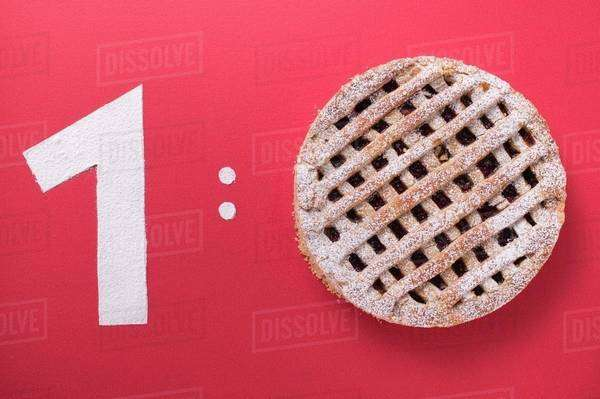 1:0 (Number 1 & Linzer torte, symbolising football score) Royalty-free stock photo