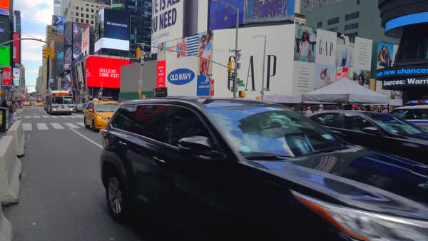 Hand-held shot of traffic on Times Square Royalty-free stock video