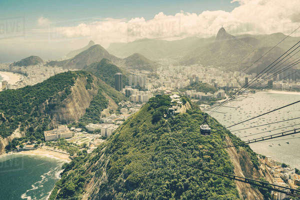 Brazil, Rio de Janeiro, Cable car from Morro da Urca to Sugarloaf Mountain Rights-managed stock photo