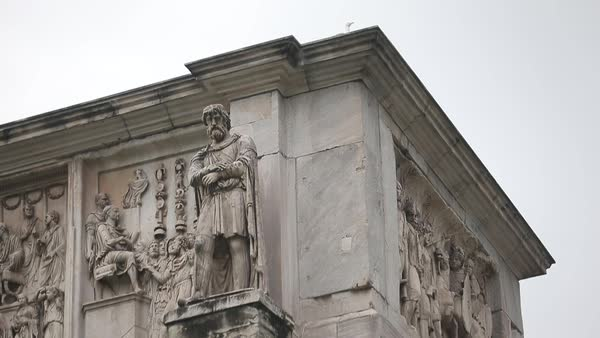 Medium shot of the Arch of Constantine in Rome, Italy Royalty-free stock video