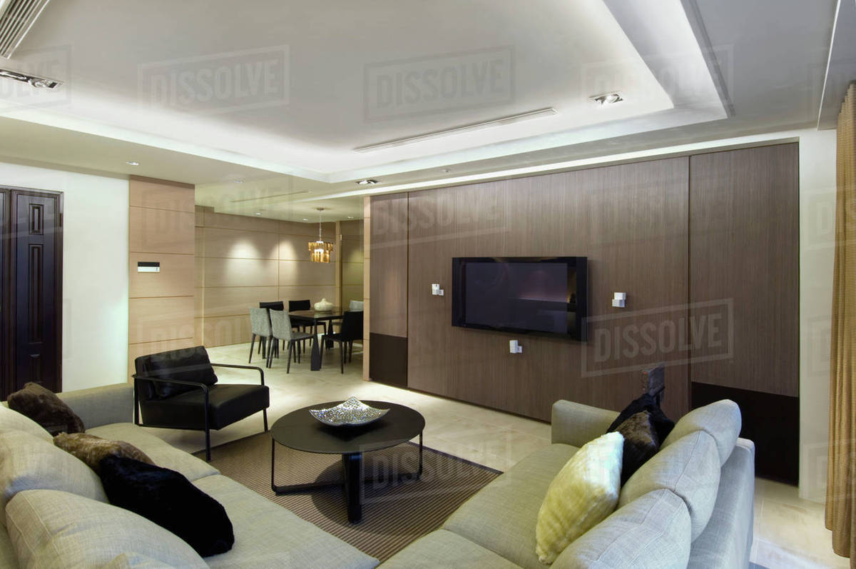 Stupendous Contemporary Living Room With Sectional Sofa And Flat Screen Television D145 201 713 Creativecarmelina Interior Chair Design Creativecarmelinacom