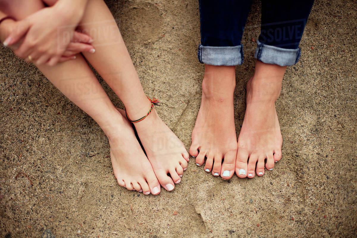 Barefoot girls downlod pic 78