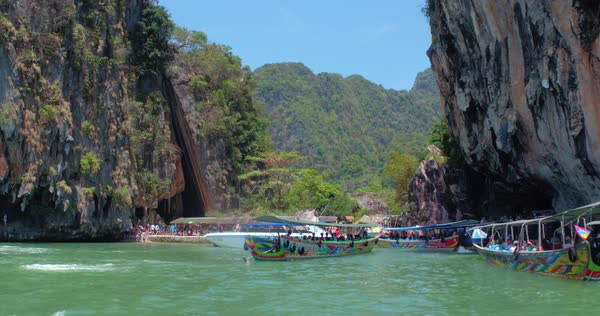PHUKET, THAILAND, MARCH 2017: James Bond island bay, Phi Phi Island Royalty-free stock video