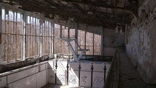 Long shot of abandoned swimming pool Rights-managed stock video