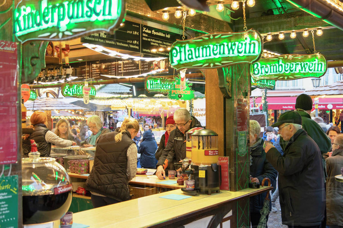 People at German mulled wine stall at Frankfurt Christmas Market, Frankfurt am Main, Hesse, Germany, Europe Royalty-free stock photo