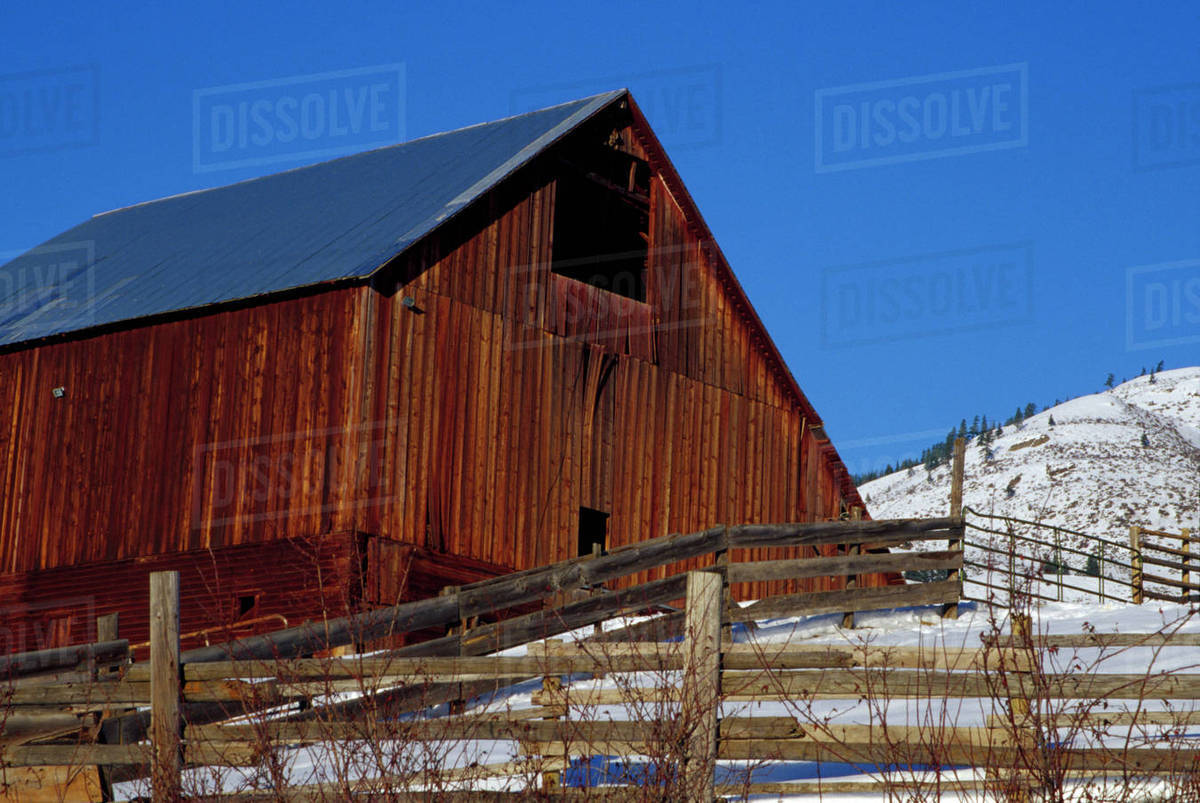 n a usa washington okanogan county old weathered barn in winter