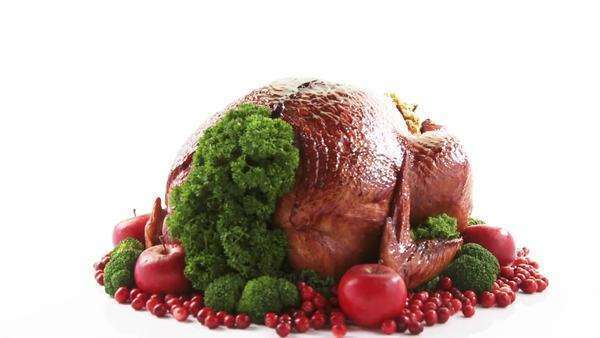 Roast turkey with cranberries and apples Royalty-free stock video