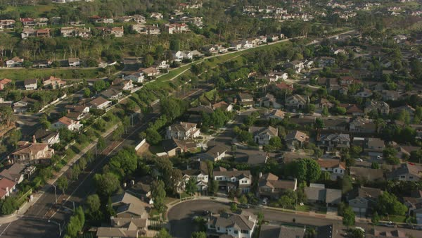 Aerial shot of Newport Beach area homes.   Royalty-free stock video