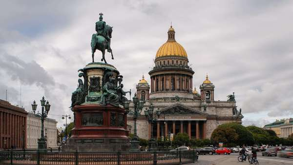 Russia, Saint Petersburg, Golden dome of St Isaac's Cathedral (1818) and the equestrian statue of Tsar Nicholas (1859) - timelapse Royalty-free stock video
