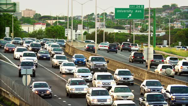 Morning traffic on the H-1 Freeway in Honolulu, Hawaii Royalty-free stock video