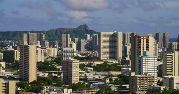 The city skyline of Honolulu, Hawaii with Diamond Head background. Royalty-free stock video