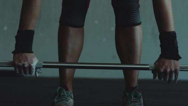 Cinematic close up of a female doing a deadlift Royalty-free stock video