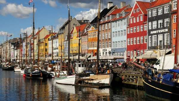 Zoom Out - Scenic Nyhavn District Daytime  - Copenhagen Denmark Royalty-free stock video