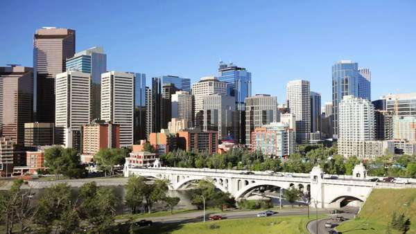 Traffic going into Downtown Calgary Royalty-free stock video
