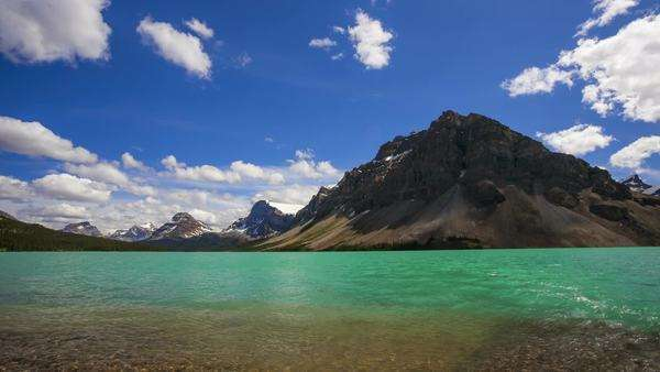 Bow Lake in the Canadian Rockies, Banff National Park, timelapse Royalty-free stock video