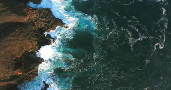 Epic ocean coast aerial view with waves breaking and foam Royalty-free stock video