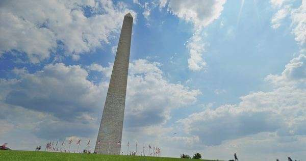 A timelapse view of the Washington Monument during the day. Royalty-free stock video