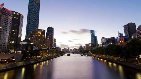 Timelapse video of Melbourne from sunset to night, zooming in Royalty-free stock video
