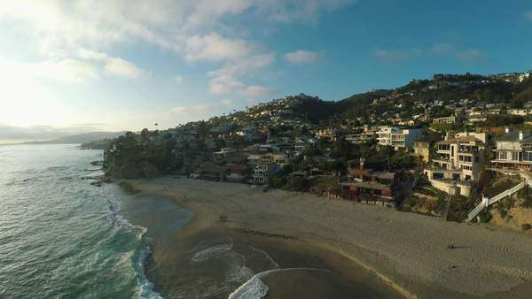 Wide shot of the Laguna Beach in California, USA Royalty-free stock video