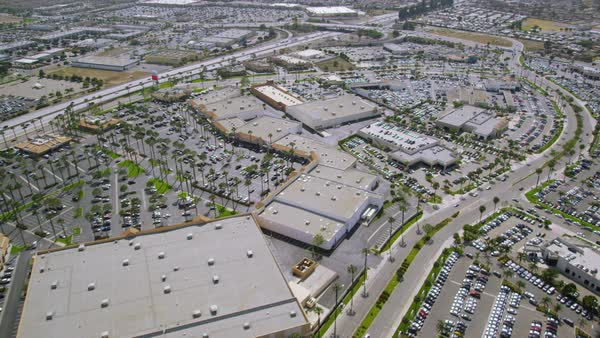 Helicopter Aerial view of Los Angeles shopping Mall & offices, Califonia State. United States in the Summer. Royalty-free stock video