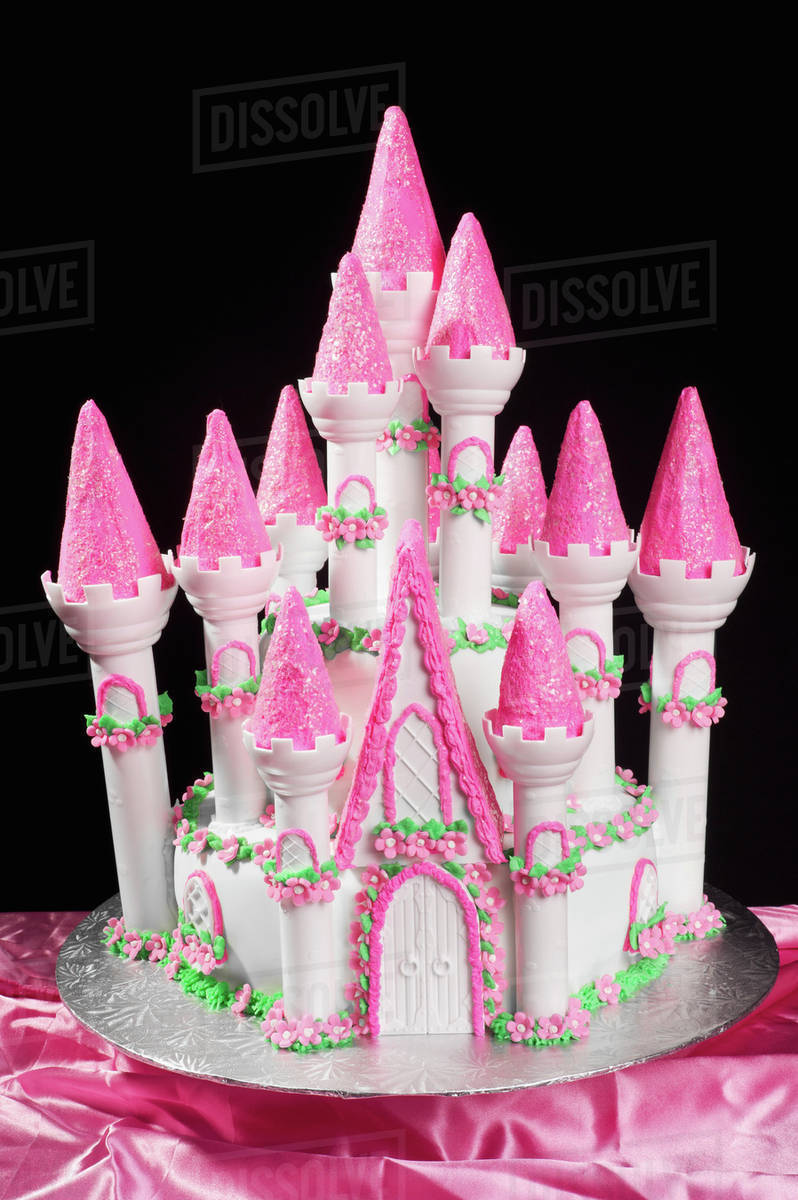 Brilliant A Cake In The Shape Of A Princess Castle Alberta Canada Stock Funny Birthday Cards Online Chimdamsfinfo