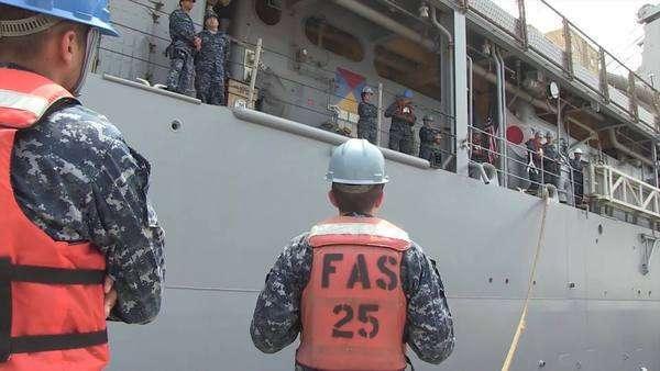 USS Ashland (LSD 48) departs Fleet Activities Sasebo for a regional
